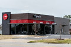 Restaurante novo de Pizza Hut imagens de stock royalty free
