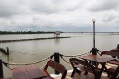 Restaurante perto da floresta dos manguezais Imagens de Stock