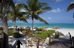 Restaurante por el mar del Caribe Fotos de archivo