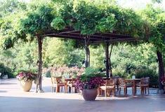 Restaurante que cena al aire libre Imagenes de archivo