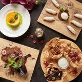 Restaurante que serve Mini Desserts Concept Top View fotografia de stock