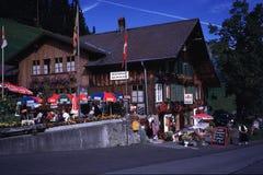 Restaurante suizo de las montañas fotografía de archivo