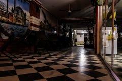 Restaurante turco cerrado en la noche de verano - Turquía Foto de archivo libre de regalías