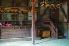 Restaurante velho para vaqueiros com tabelas de madeira fotografia de stock royalty free