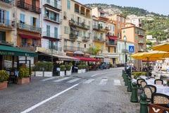 Restaurantes da margem no Villefranche-sur-Mer Foto de Stock Royalty Free