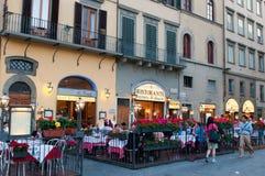 Restaurantes de la calle Fotos de archivo libres de regalías