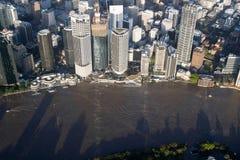 Restaurantes de la opinión aérea CBD de la inundación 2011 de Brisbane Fotografía de archivo libre de regalías