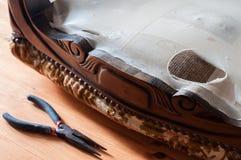 Restauration tapissée de chaise Image libre de droits