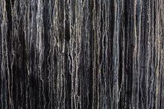 Restes de la vieille peinture sur la surface peinte Photo stock