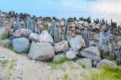 Restes de vieux littoral Photographie stock