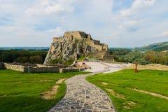 Resti del castello Devin nella città di Bratislava Immagine Stock Libera da Diritti