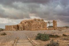 Resti di Qasr Amra un castello del deserto in Giordania orientale Fotografie Stock