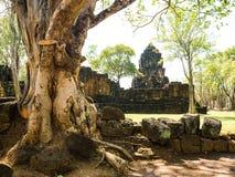 Resti di una costruzione khmer di stile Immagini Stock