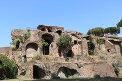 Resti - ROMA - Italia romani - sitio arqueológico romano Imagen de archivo libre de regalías