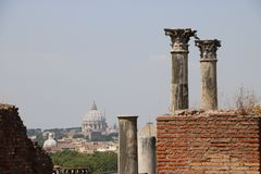 Resti - ROMA - Italia romani - sitio arqueológico romano Fotografía de archivo