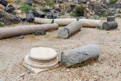 Restna av kolonnen i fördärvar av greken - romersk stad av det 3rd århundradet F. KR. - den 8th århundradeANNONSEN Hippus - Susit Arkivbilder