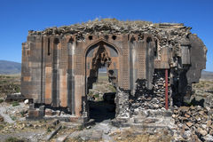 Restna av kyrkan av apostlarna på anien i den avlägsna öst av Turkiet Arkivfoton
