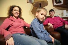 Resto della famiglia nella sala Fotografia Stock