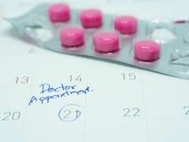 Resto di appuntamento di medico sul calendario Immagine Stock Libera da Diritti