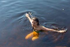 Resto en el agua Foto de archivo