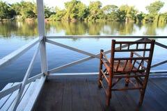 Resto en el río Imagen de archivo