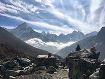 Resto en resto de la paz en mucha altitud Fotografía de archivo libre de regalías