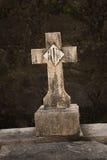 Resto in pietra tombale di pace Immagini Stock Libere da Diritti