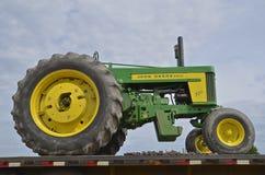 Restord 720 John Deere traktor Royaltyfria Foton