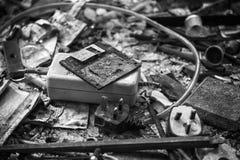Restos carbonizados del mobiliario del disco blando y de oficinas Fotografía de archivo libre de regalías