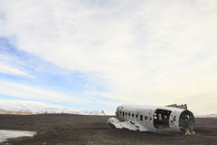 Restos de un avión: aterrizaje de emergencia en Islandia Imagenes de archivo