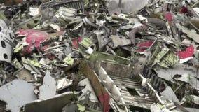 Restos del aeroplano, accidente, chatarra almacen de metraje de vídeo
