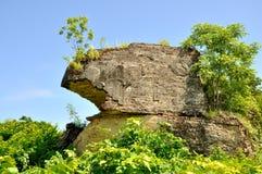 Restos del gigante Chinthe en Mingun imagen de archivo libre de regalías