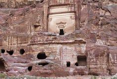 Restos del Petra nabatean de la ciudad en Jordania Foto de archivo