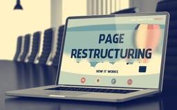 Restructuration de page sur l'ordinateur portable dans la salle de conférences 3d Photos libres de droits
