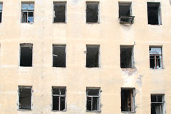 Resztki ściana rujnujący dom zdjęcie royalty free