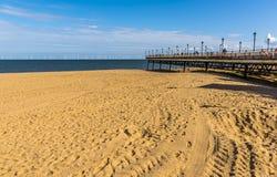 Resztki Skegness molo, UK wskazywać out morze zdjęcie royalty free