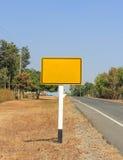Retângulos amarelos dos sinais fotografia de stock royalty free