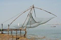 Rete cinese del pescatore a Cochin nel Kerala, India Fotografia Stock
