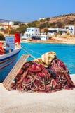 20 06 2016 - Rete da pesca al porto di Agios Georgios, isola di Iraklia Fotografia Stock Libera da Diritti