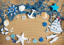 Rete da pesca con le stelle marine fotografia stock