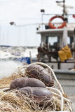 Rete da pesca e boe Immagine Stock