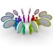 Rete di compartecipazione di informazioni - conversazione della gente Immagine Stock