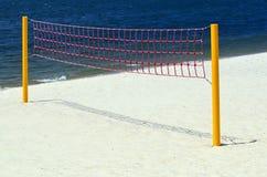 Rete di pallavolo sulla spiaggia Immagini Stock
