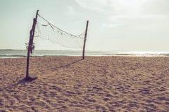 Rete di pallavolo sulla spiaggia Fotografia Stock Libera da Diritti
