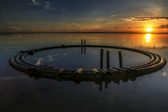 Rete di tubazioni alla spiaggia di aru di Tanjung, Labuan malaysia Fotografia Stock