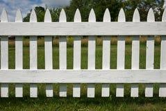 Rete fissa di picchetto bianca Fotografie Stock Libere da Diritti