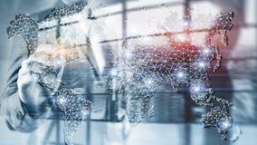 Rete globale di doppia esposizione della mappa di mondo Telecomunicazione, Internet internazionale di affari e concetto di tecnol fotografia stock libera da diritti
