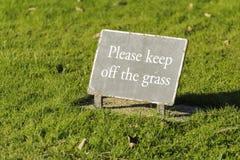 Retenez le signe d'herbe Photo libre de droits