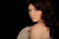 retenir la jolie femme d'essuie-main Photo libre de droits