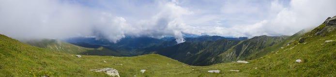 Retezat berg Arkivfoton